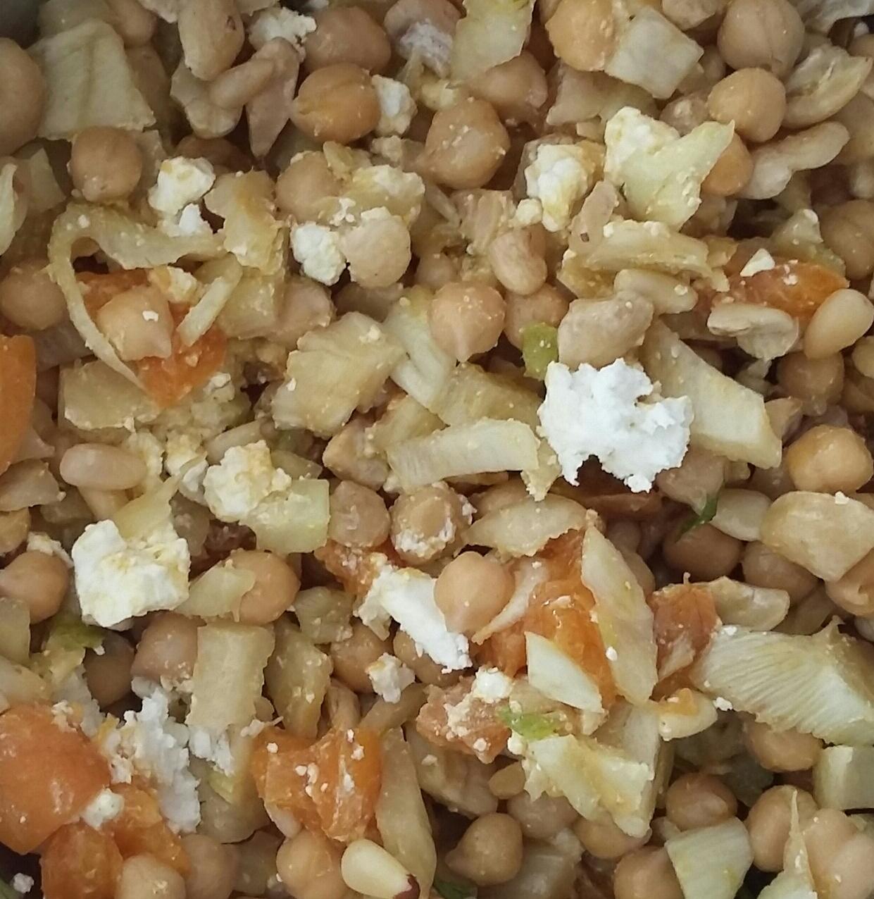 Kichererbsen-Aprikosen-Fenchel-Salat