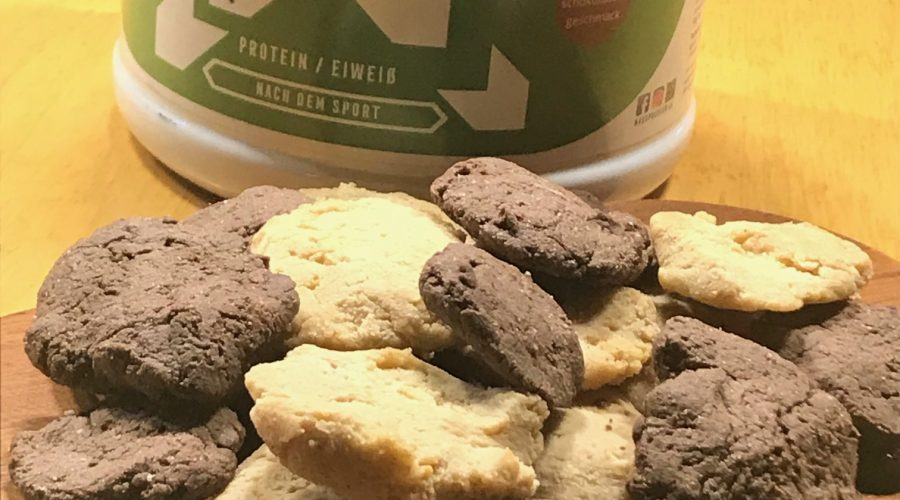 Double-choc-peanutbutter-protein-cookies in 5 Minuten backen mit Dr. Gabriela Hoppe   Erfolg durch Ernährung