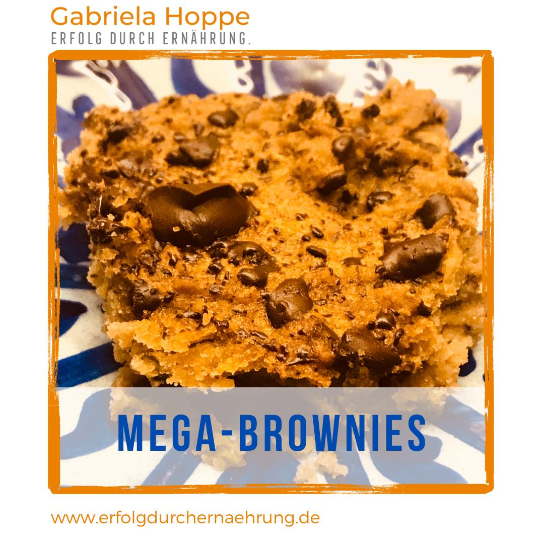 Zuckerfreie Brownies mit Dr. Gabriela Hoppe | Erfolg durch Ernährung | Deine Ernährungsspezialistin & Heilpraktikerin in Hannover/Isernhagen | Bild by GH