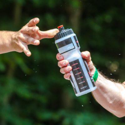Richtig trinken in Training & Wettkampf mit Dr. Gabriela Hoppe | Erfolg durch Ernährung | Deine Ernährungsspezialistin & Heilpraktik/Isernhagen - Bild by Pixabay